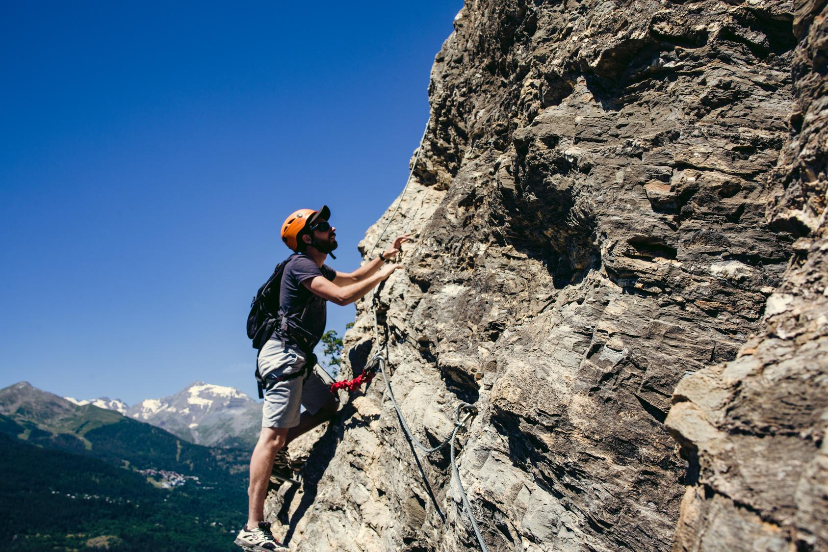 Kletterausrüstung Ausleihen Dresden : Via ferrata paradies der klettersteige rund um den gardasee