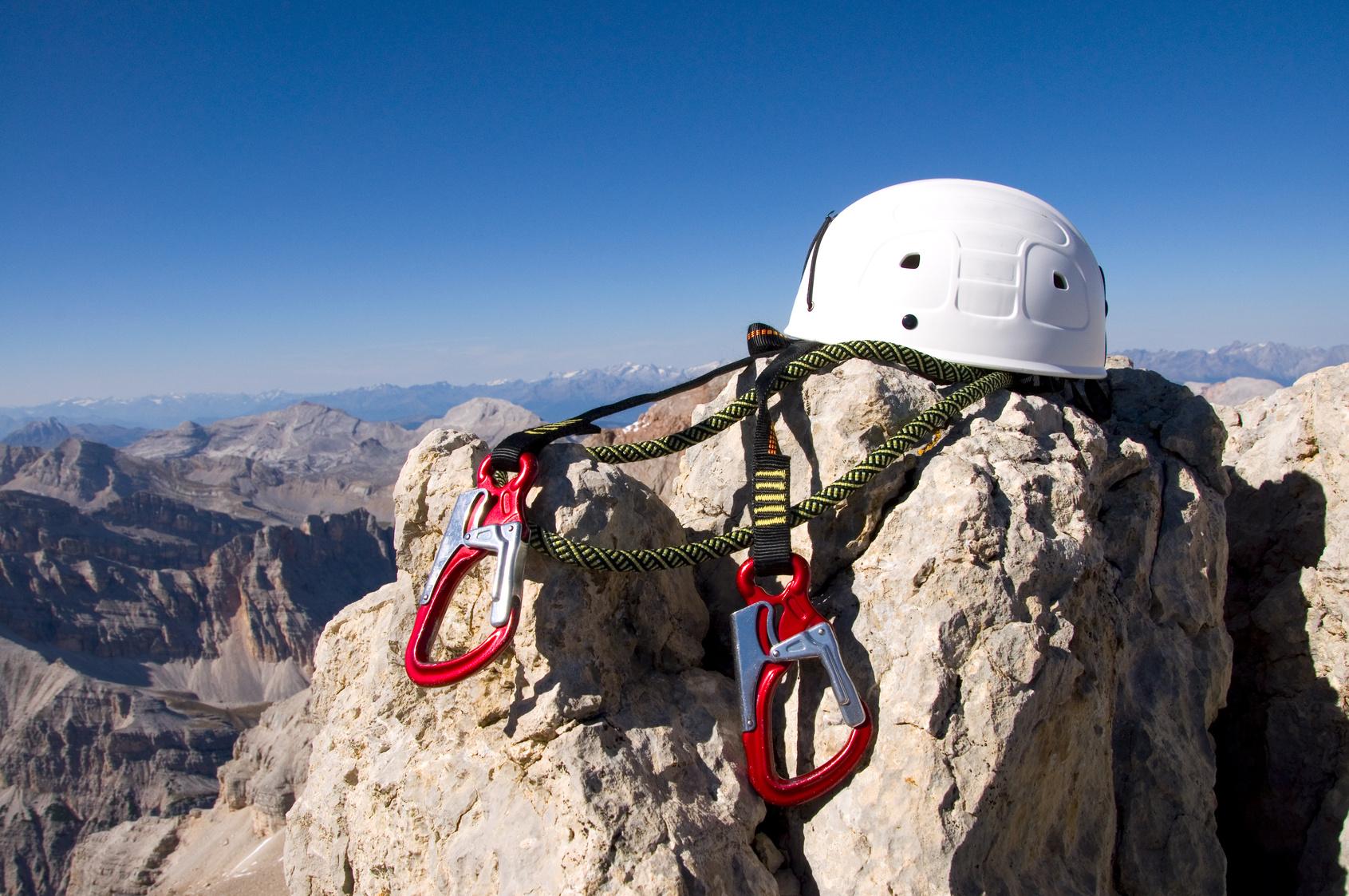 Kletterausrüstung Leihen München : Via ferrata paradies der klettersteige rund um den gardasee